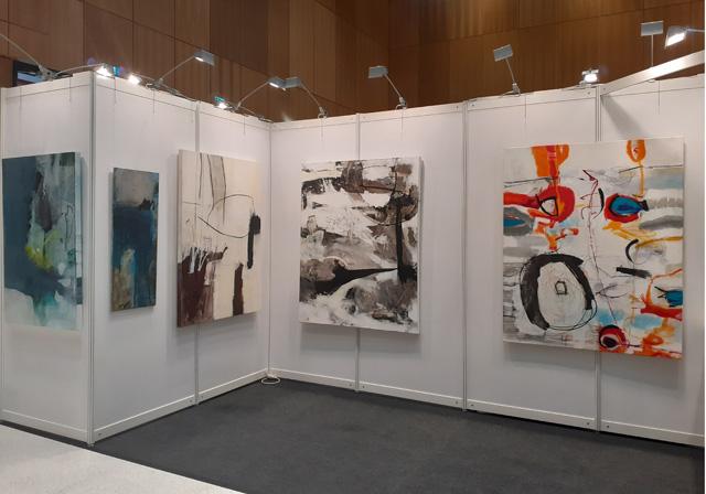Iris Rickart bei Kunstmesse ARTe WiesbadenRTe Wiesbaden 2019